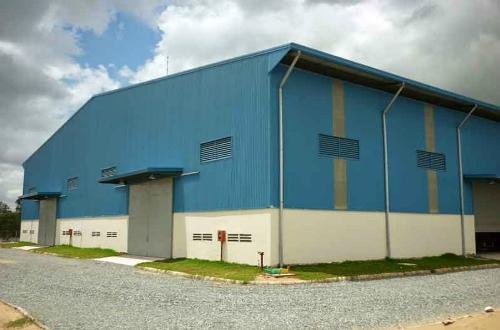 Cho thuê 200m2 nhà xưởng, mặt tiền khu công nghiệp Minh Khai - Từ Liêm